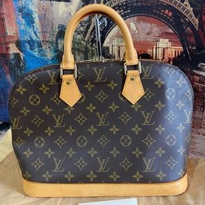Louis Vuitton Bags - Authentic Louis Vuitton Alma Pm monogram canvas